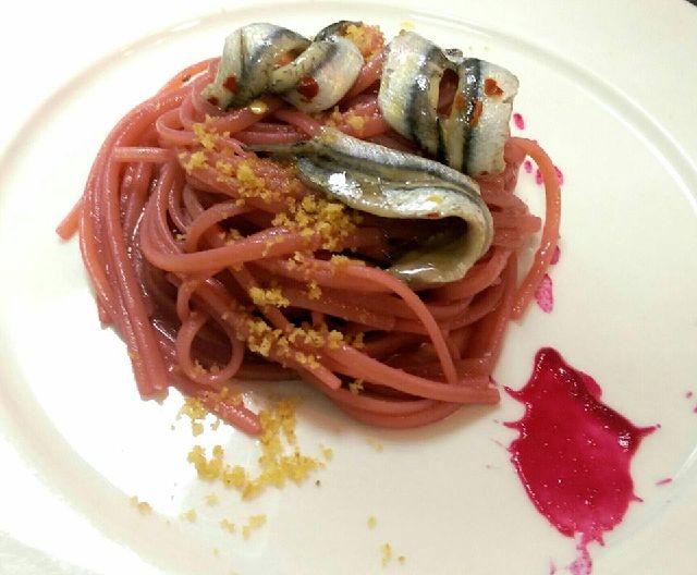 piatto linguine con cipolla rosa valcosa